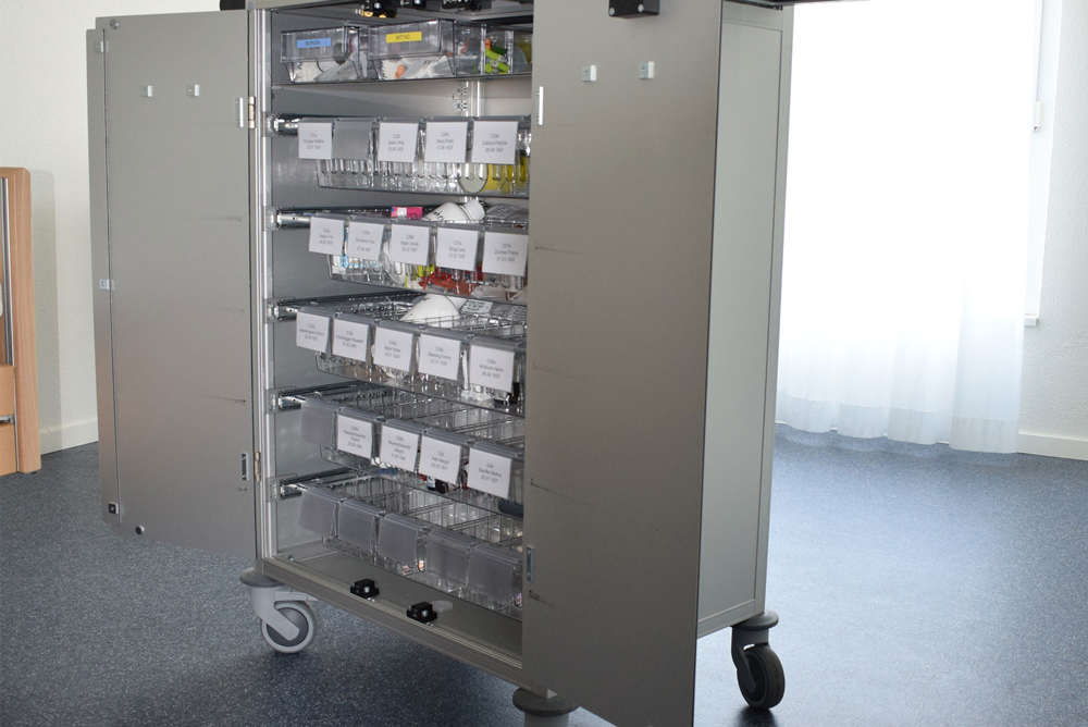 Kanya trolleys medical equipment trolley photo